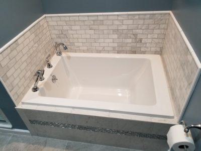 bellmore-bathtub